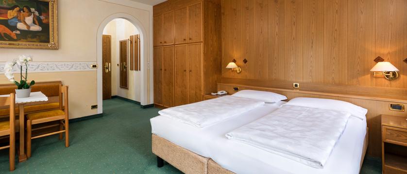 italy_dolomites-ski-area_arabba_sport_hotel_arraba_comfort_room.jpg